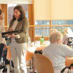 Das DZNE erforscht die Pflege von Dementen. Bild: DZNE